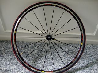Mavic-Kysrium-Elite-wheelset-and-S-Works-Tires-(10)