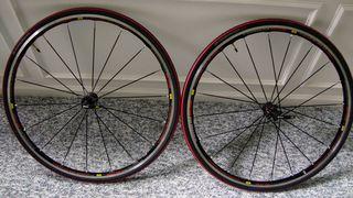 Mavic-Kysrium-Elite-wheelset-and-S-Works-Tires-(2)